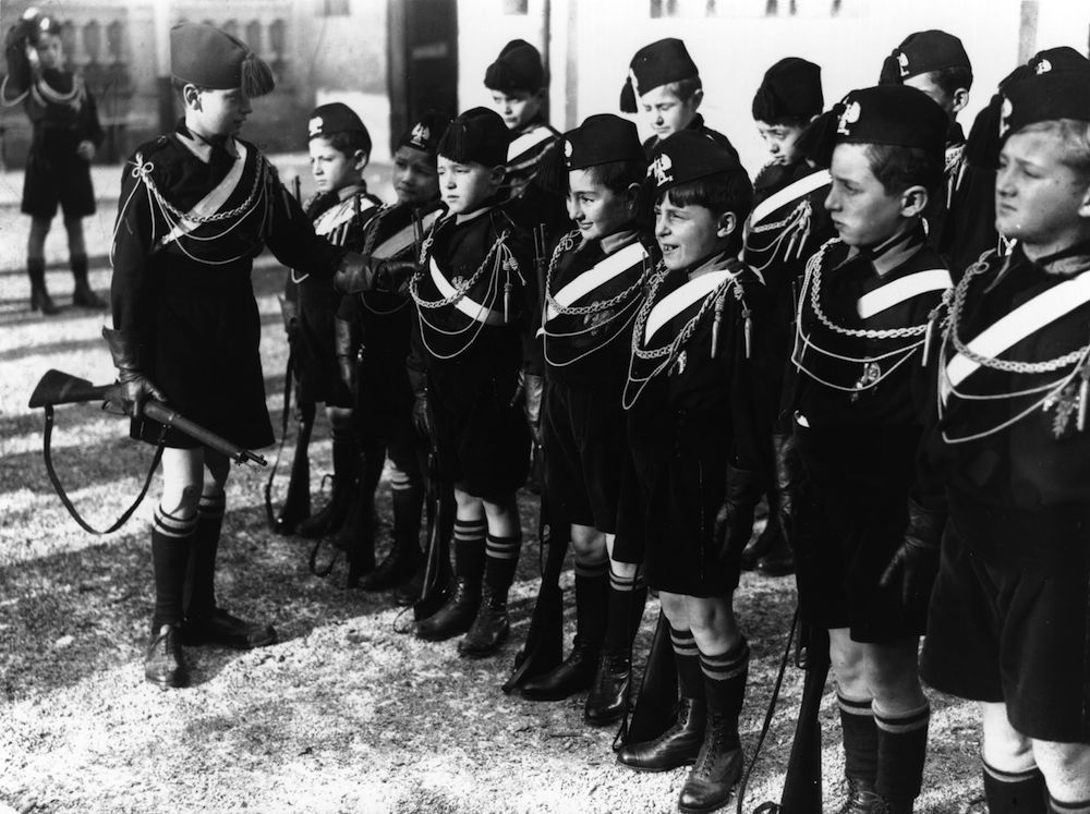 1929: Young Blackshirts being drilled in Batilla. (Photo by Fox Photos/Getty Images)