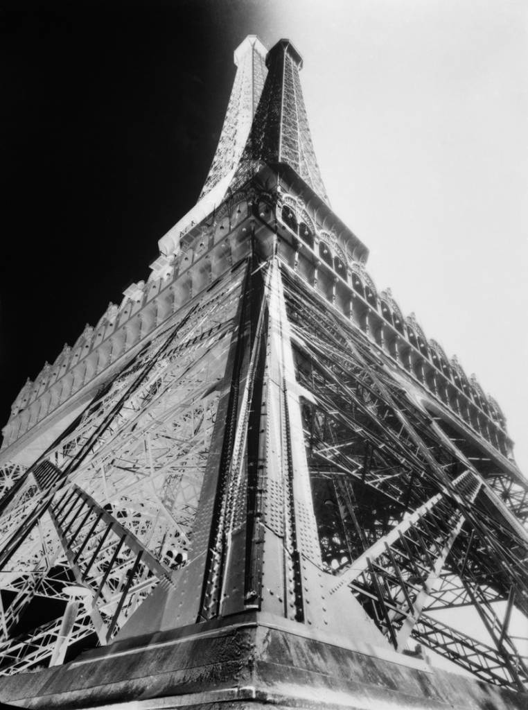 Eiffel Tower 1931