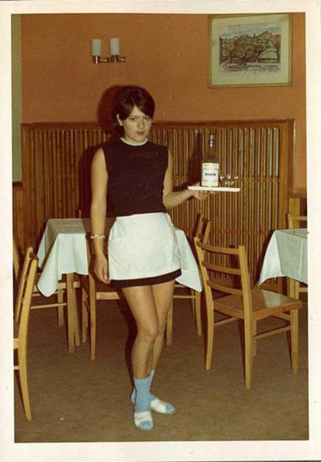 Found Photos Women Hanging Out In The 1960s Flashbak