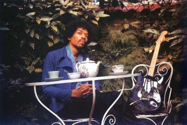 jimi hendrix pours tea