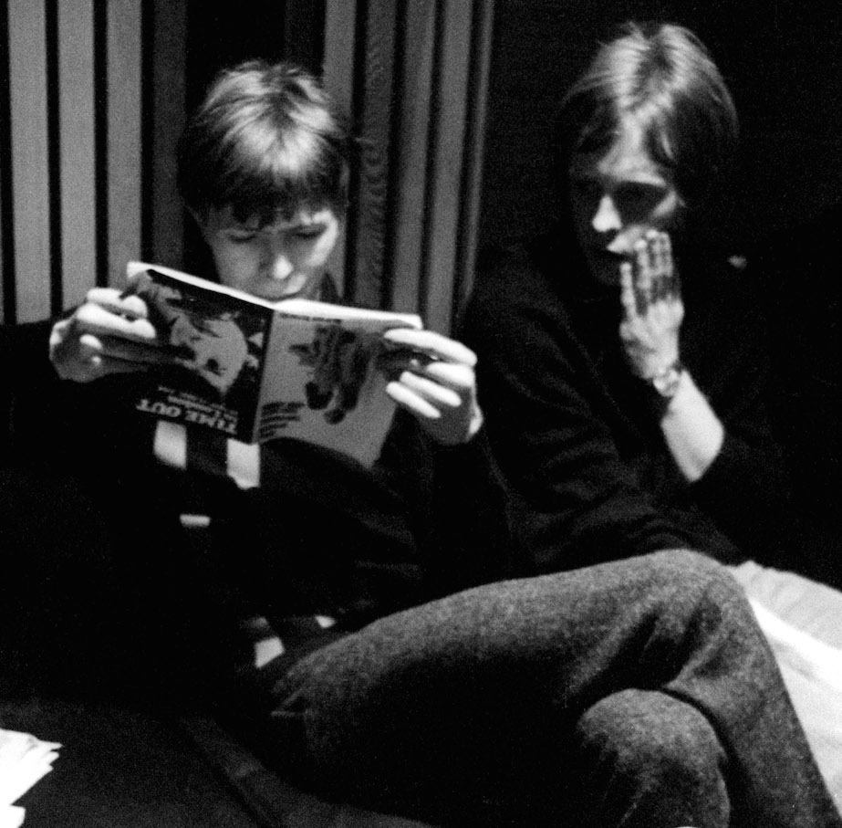Mandatory Credit: Photo by Ray Stevenson/REX/Shutterstock (563063a) David Bowie and John Hutchinson David Bowie and Feathers at Trident Studios, London, Britain - 1969