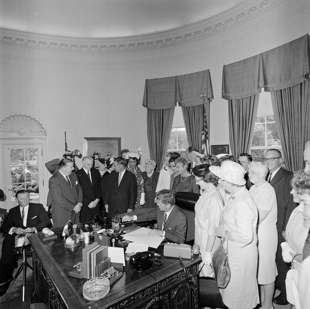Inside Jfk S White House 1961 1963 Identify The
