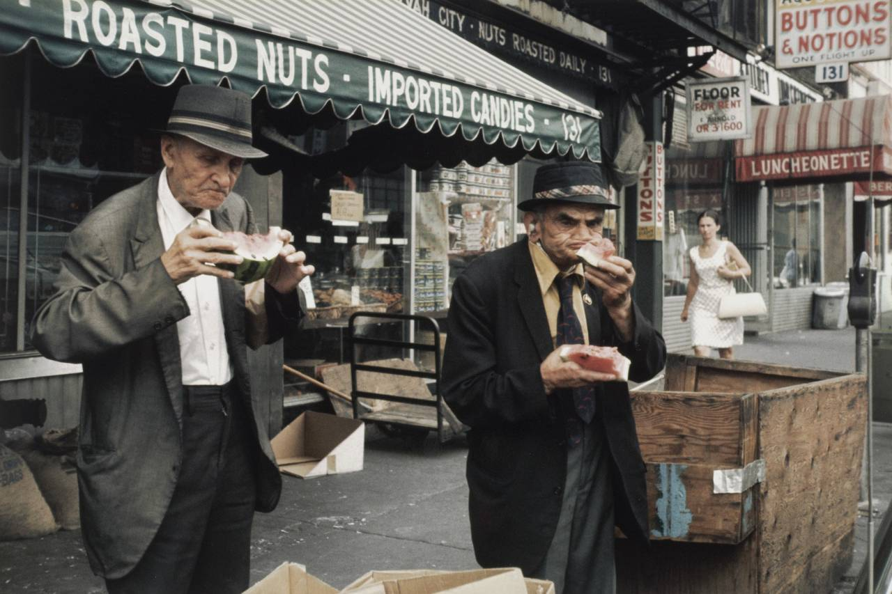 Outstanding Color Street Photography Of 1980s New York By