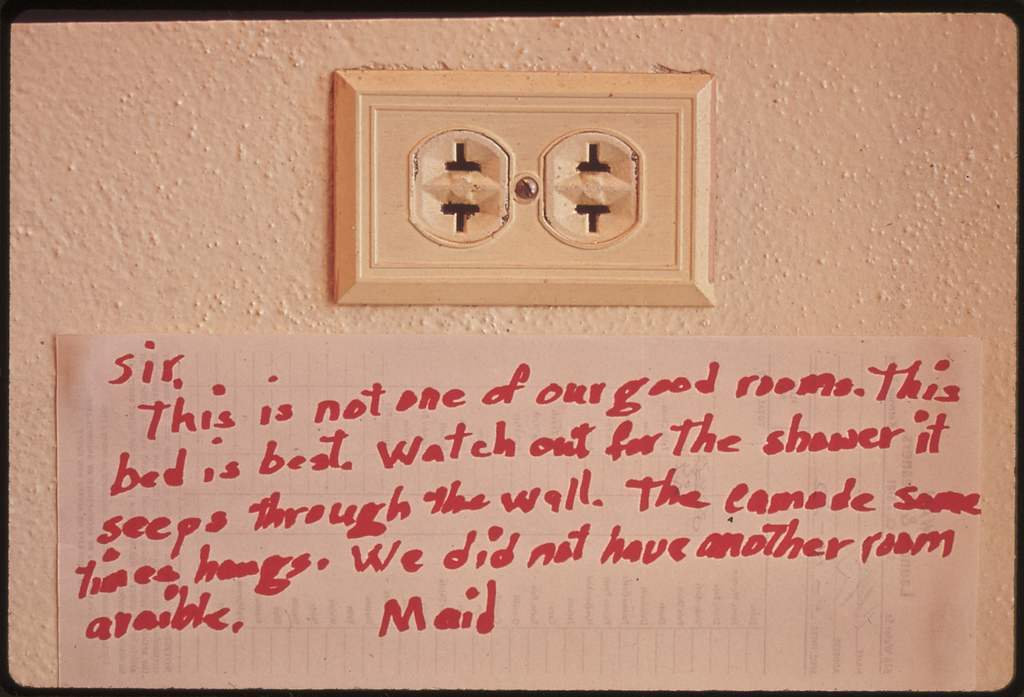 Message on a Wall in the Frio Canyon Lodge, 07/1972