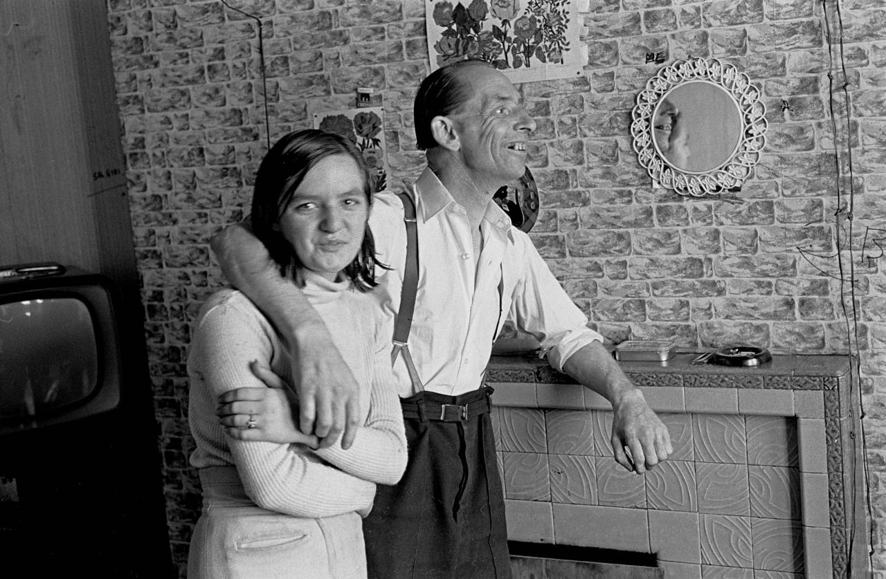 Couple in a Leith tenement flat Edinburgh 1972