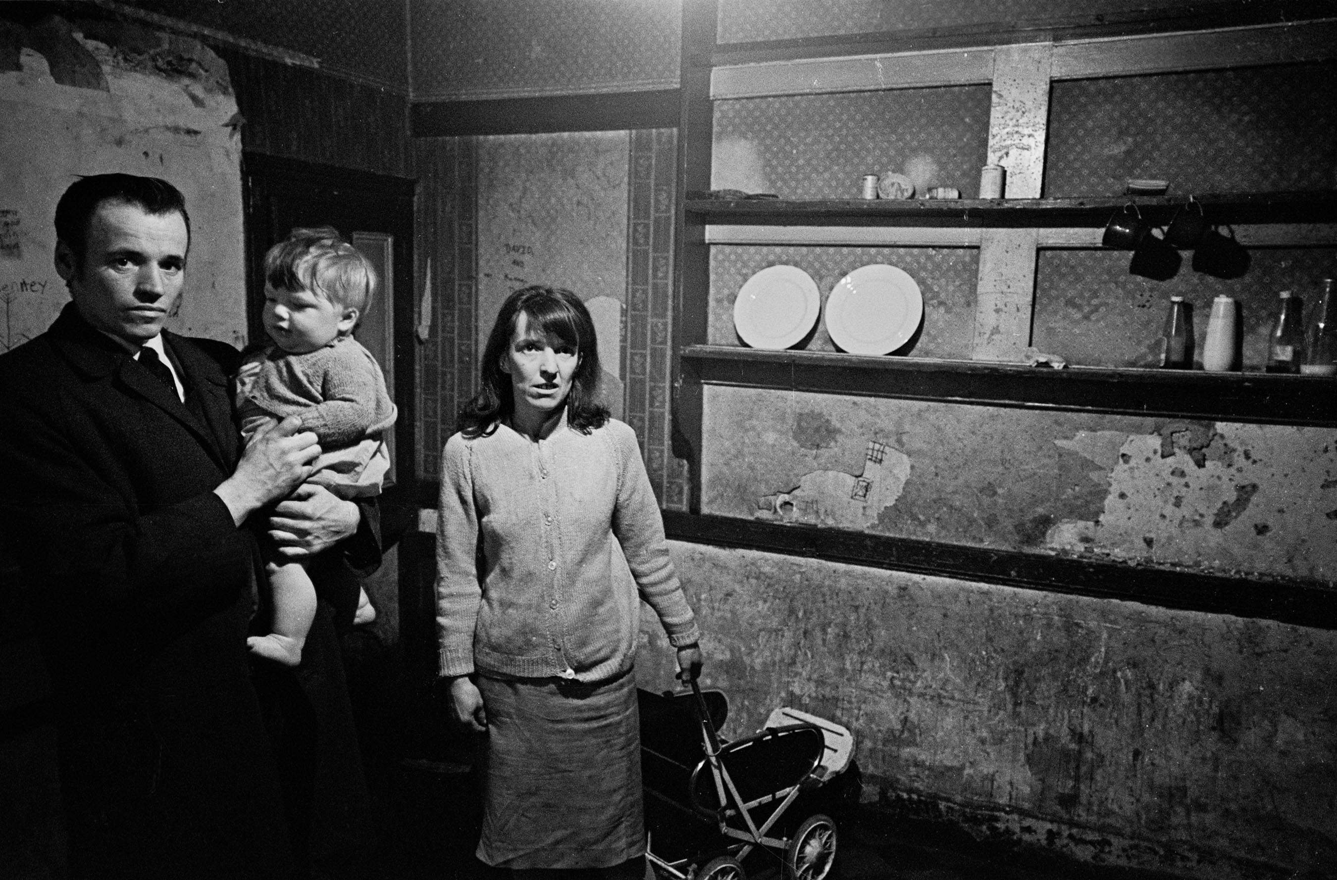 Powerful Photos Of Slum Life And Squalor In Liverpool 1969