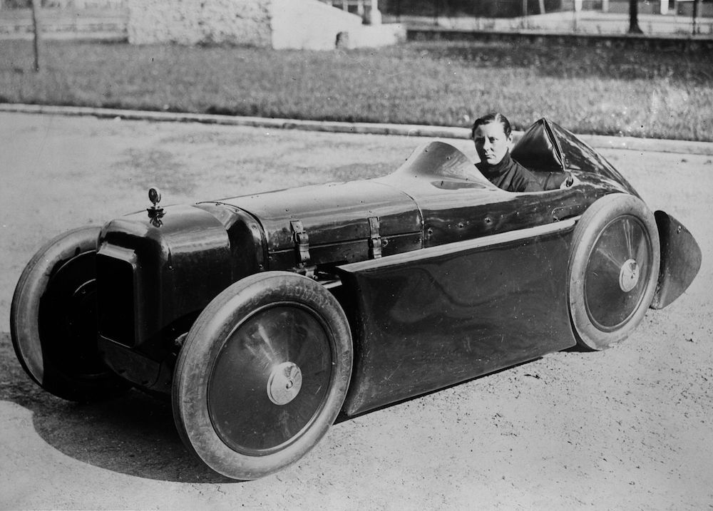 7th September 1931:  Mrs Stewart driving her vintage Austin 7.  (Photo by Fox Photos/Getty Images)
