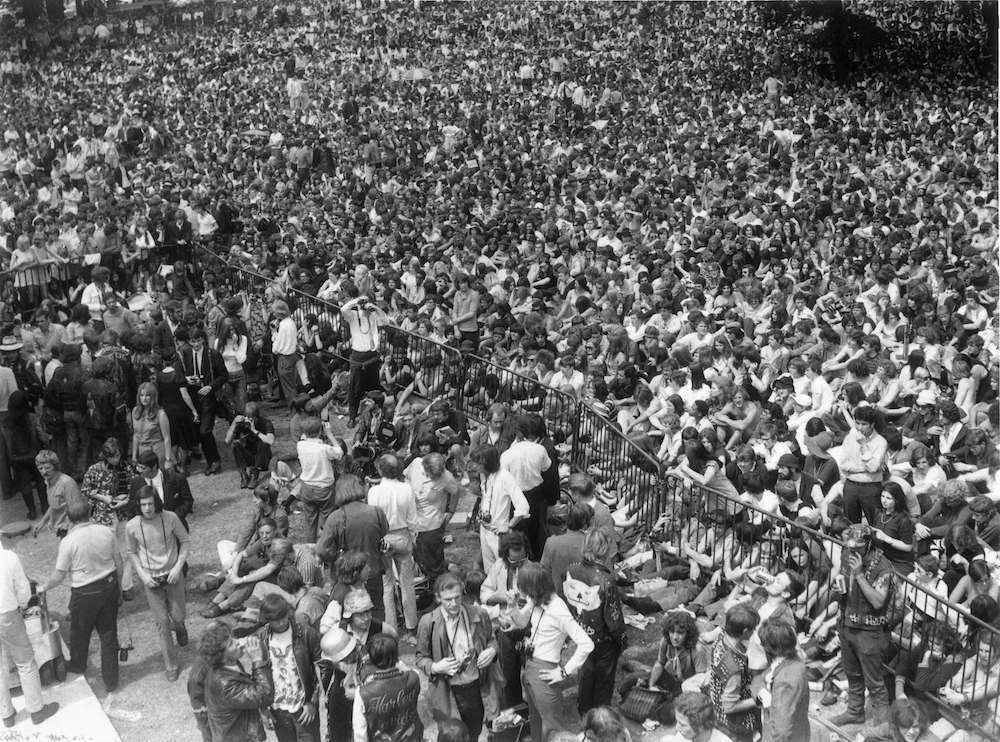 5th July 1969: About 150,000 pop fans attend a free open-air concert in Hyde Park given by The Rolling Stones in memory of guitarist Brian Jones who died two days earlier. (Photo by Keystone/Getty Images)
