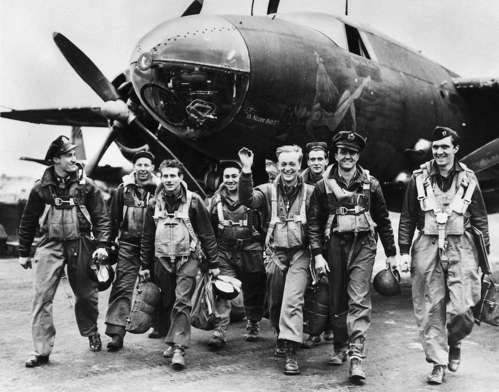 7th June 1944:  Bomber crews of the US Ninth Airforce leave their B26 Marauder aircraft after returning from a mission to support the D-Day landings in Normandy by disrupting German lines of communication and supply.  (Photo by Fred Ramage/Keystone/Getty Images)