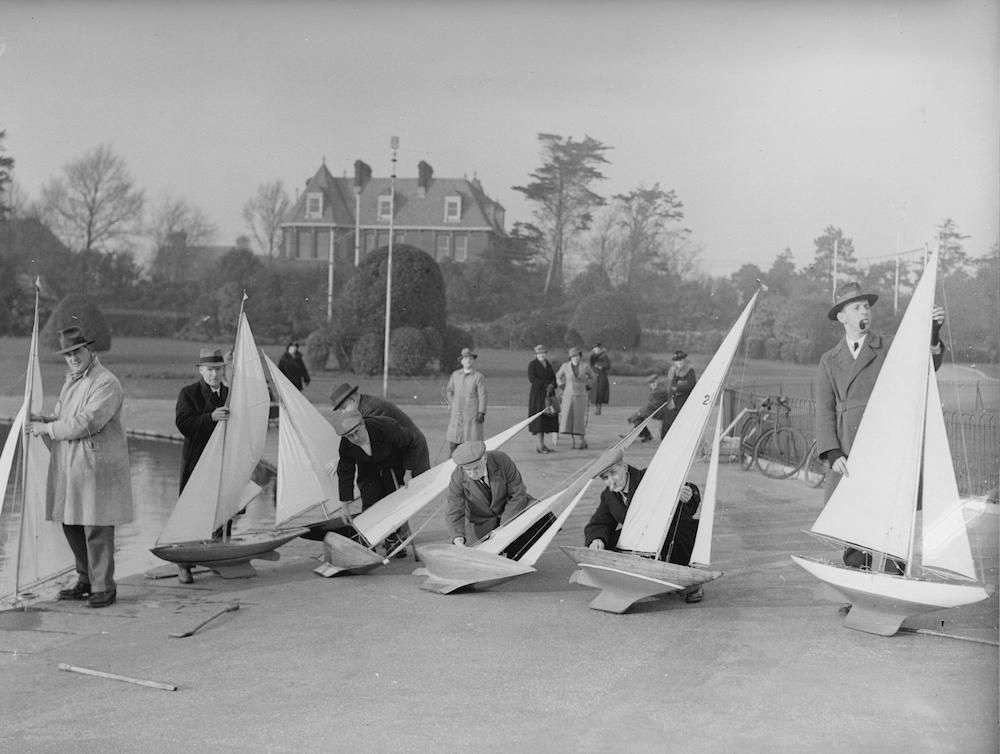 7th February 1936:  Members of Southsea Model Yacht Club preparing their boats for the coming season.  (Photo by E. Phillips/Fox Photos/Getty Images)