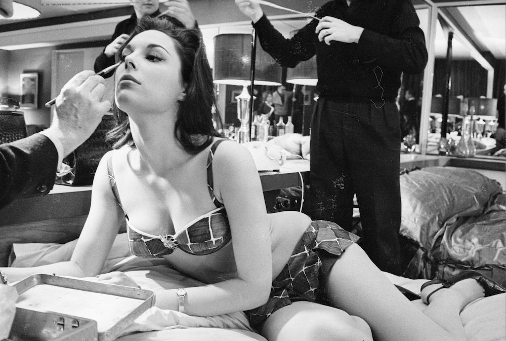 7th March 1963:  American actress, Tracy Reed, being made up before shooting begins on the set of the film 'Dr Strangelove or: How I Learned to Stop Worrying and Love the Bomb'.  (Photo by Reg Lancaster/Express/Getty Images)