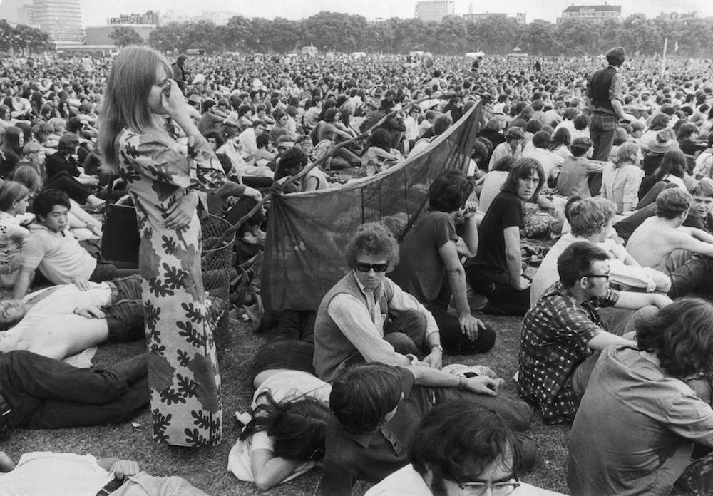 21st July 1970: A crowd at a pop concert in London's Hyde Park. (Photo by Evening Standard/Getty Images)