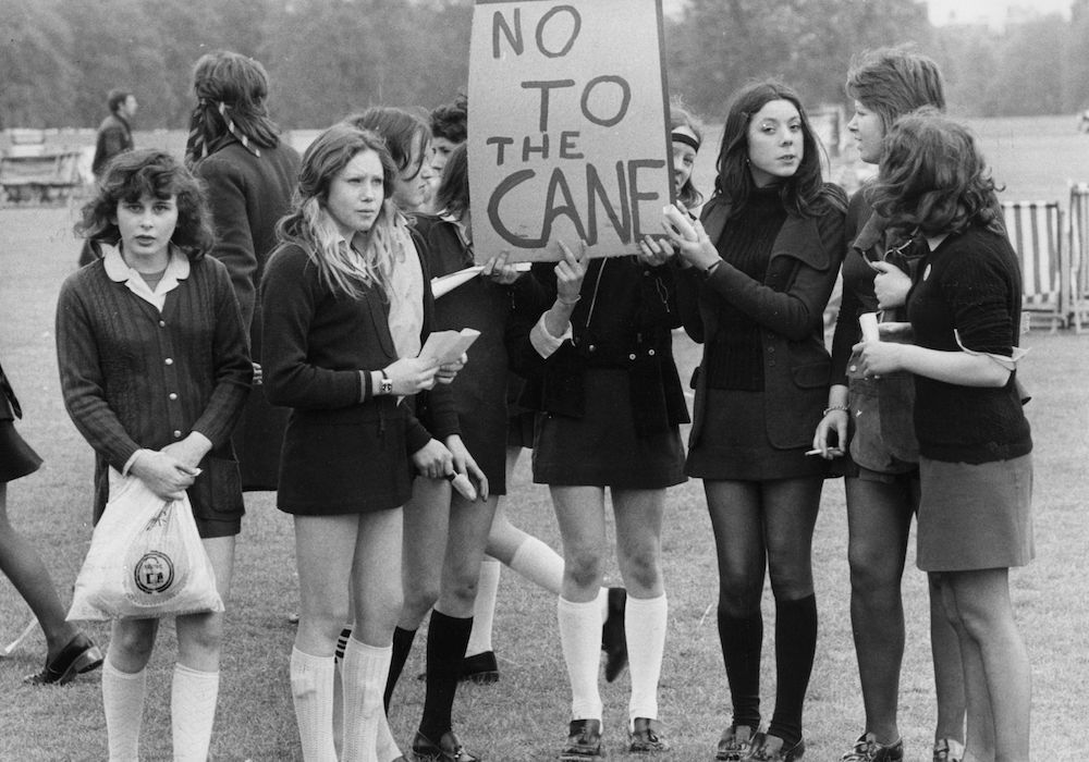 17th May 1972: School children holding a demonstration in Hyde Park against caning in schools. (Photo by Evening Standard/Getty Images)