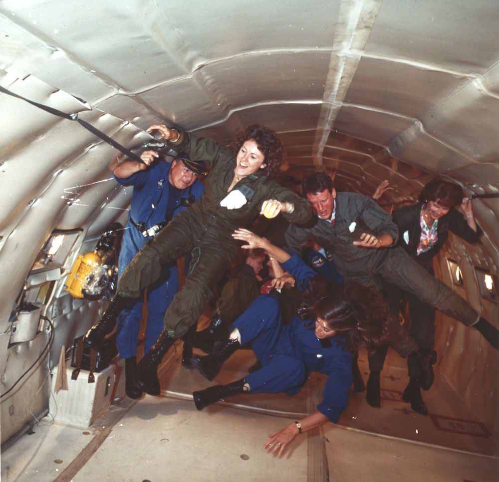 7th November 1985:  Space Personnel floating in nongravity, during a KC-135 'Zero-G' training flight.  (Photo by Hulton Archive/Getty Images)