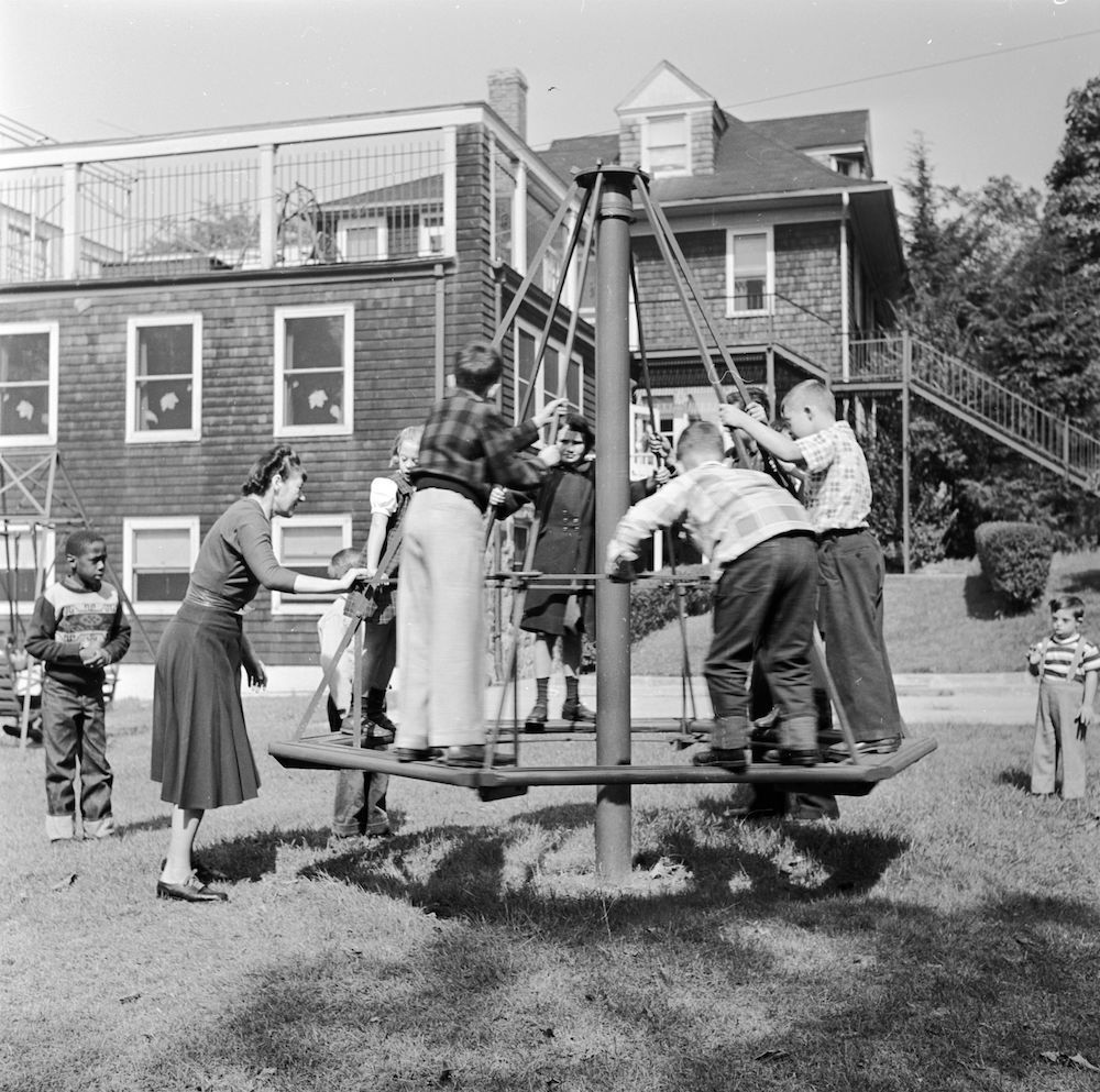 circa 1948: Pupils and carers outside the Westchester County School of the Association for the Help of Retarded Children, the first parent-sponsored non-profit school in New York State. (Photo by Orlando /Three Lions/Getty Images)