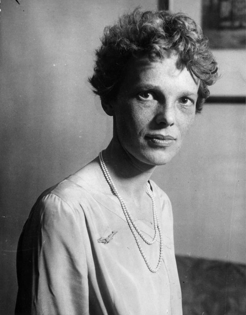 th November 1928:  Aviatrix Amelia Earhart (1898 - 1937), noted for her flights across the Atlantic and Pacific oceans. She disappeared without trace during her attempt to fly around the world.  (Photo by Topical Press Agency/Getty Images)