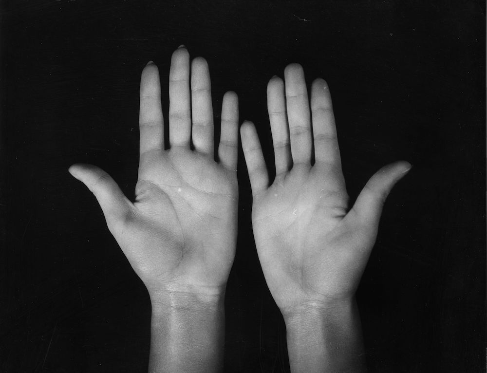 7th October 1930:  A close-up of the hands of the British leading lady, Norah Baring.  (Photo by Sasha/Getty Images)