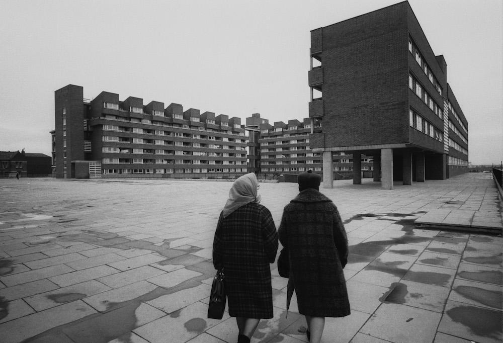 Highbury Quadrant Estate in London, 7th April 1970. (Photo by R. Jones/Evening Standard/Hulton Archive/Getty Images)