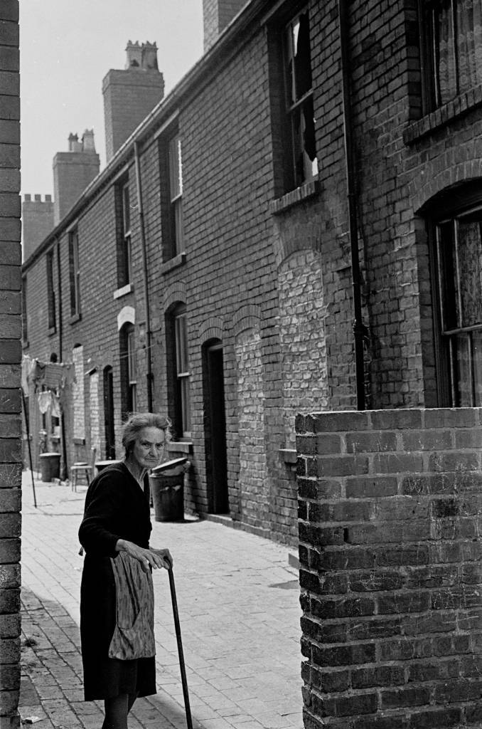 Living in condemned property, Aston, 1971