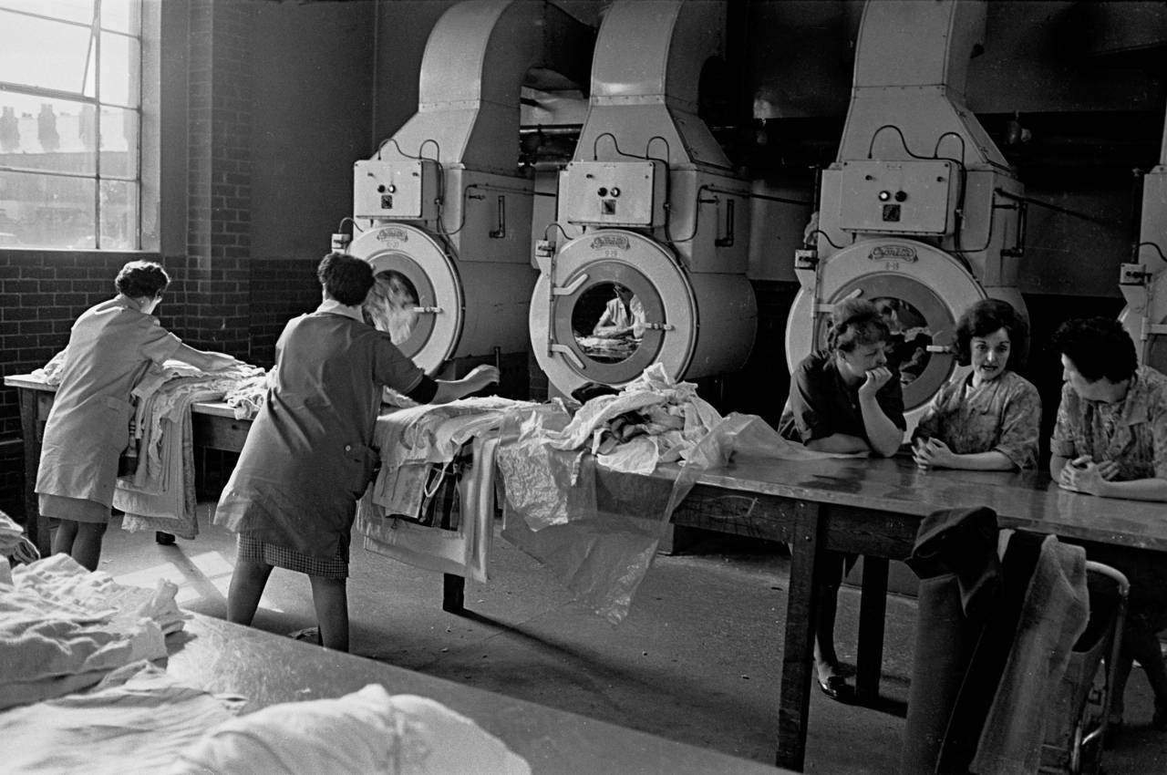 Municipal washhouse, Salford 1969