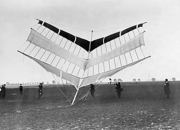 Prussia - Kite which can transport up to three persons in a basket.