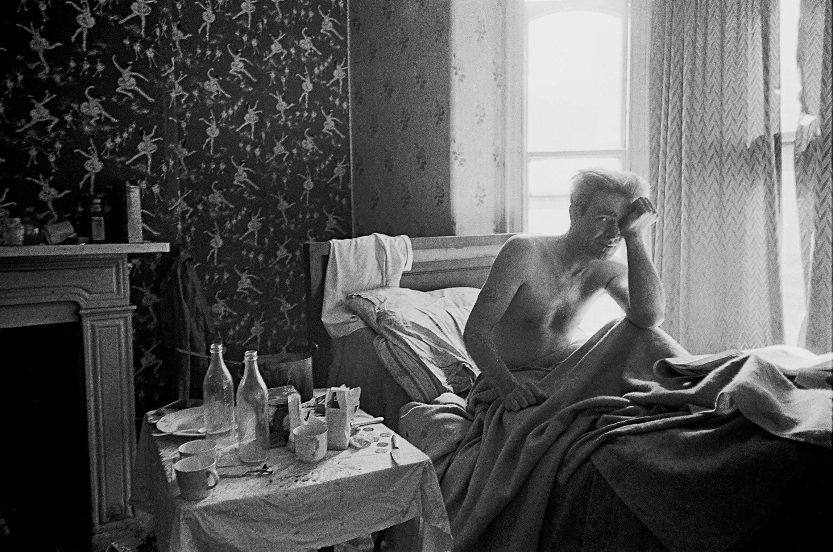 Living In One Room Powerful Photos Of Manchester Slums 1969 72