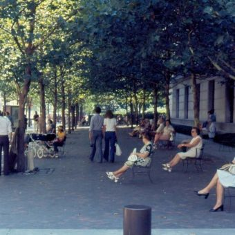 15 Photos Of Fifth Avenue, New York, In The 1970s
