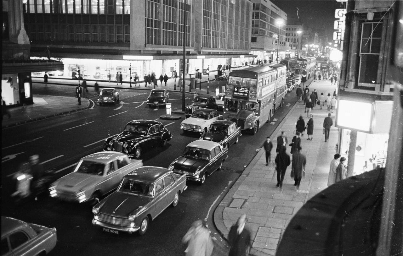 30th October 1965: Traffic in Oxford Street, the main shopping centre of London. (Photo by Powell/Express/Getty Images)