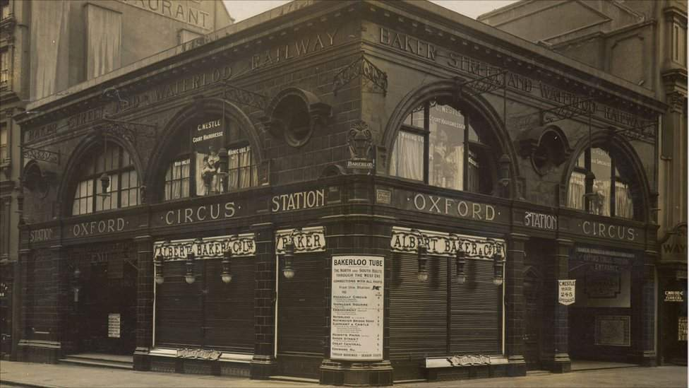 Oxford Circus tube station 1906