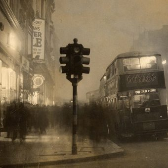 Queues, Fumes, Crowds and Pickpockets – 100 Years of London's Oxford Street