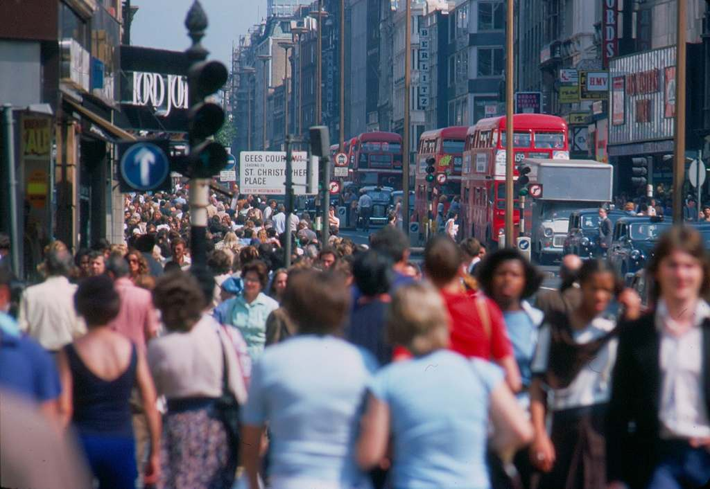 Oxford street people 1976 KH