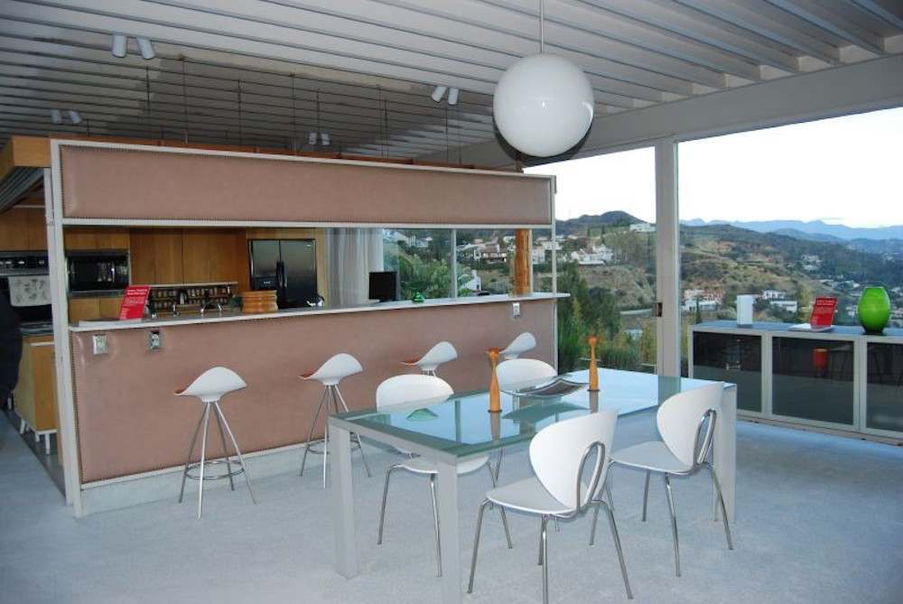Touching The Mid Century Dream In Pierre Koening S Stahl