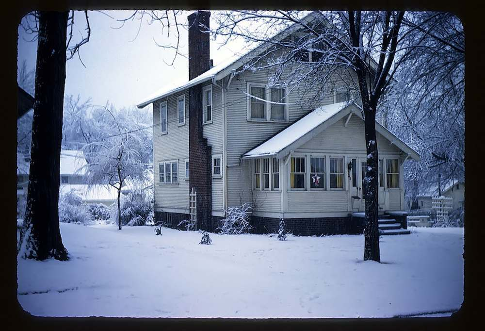 Snow before Christmas 1952 - Our Home (The Barr Family Home at 725 Wisconsin Avenue, Des Moines, Iowa)
