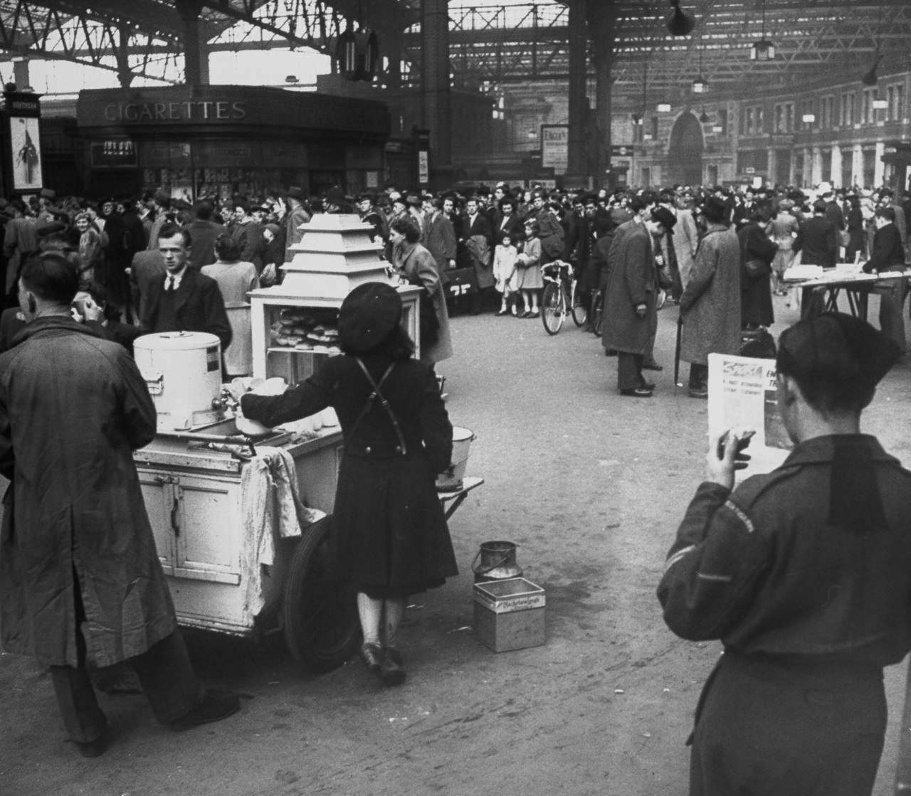 Waterloo Station 1947 b