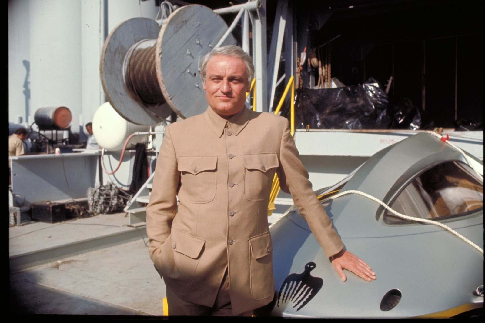 Charles Gray who playing Blofeld.
