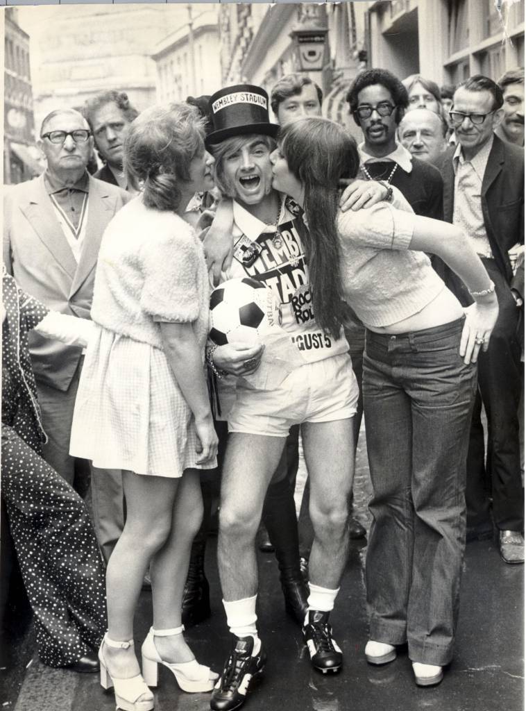 Screaming Lord Sutch Getting Kissed On Election Night In 1972.