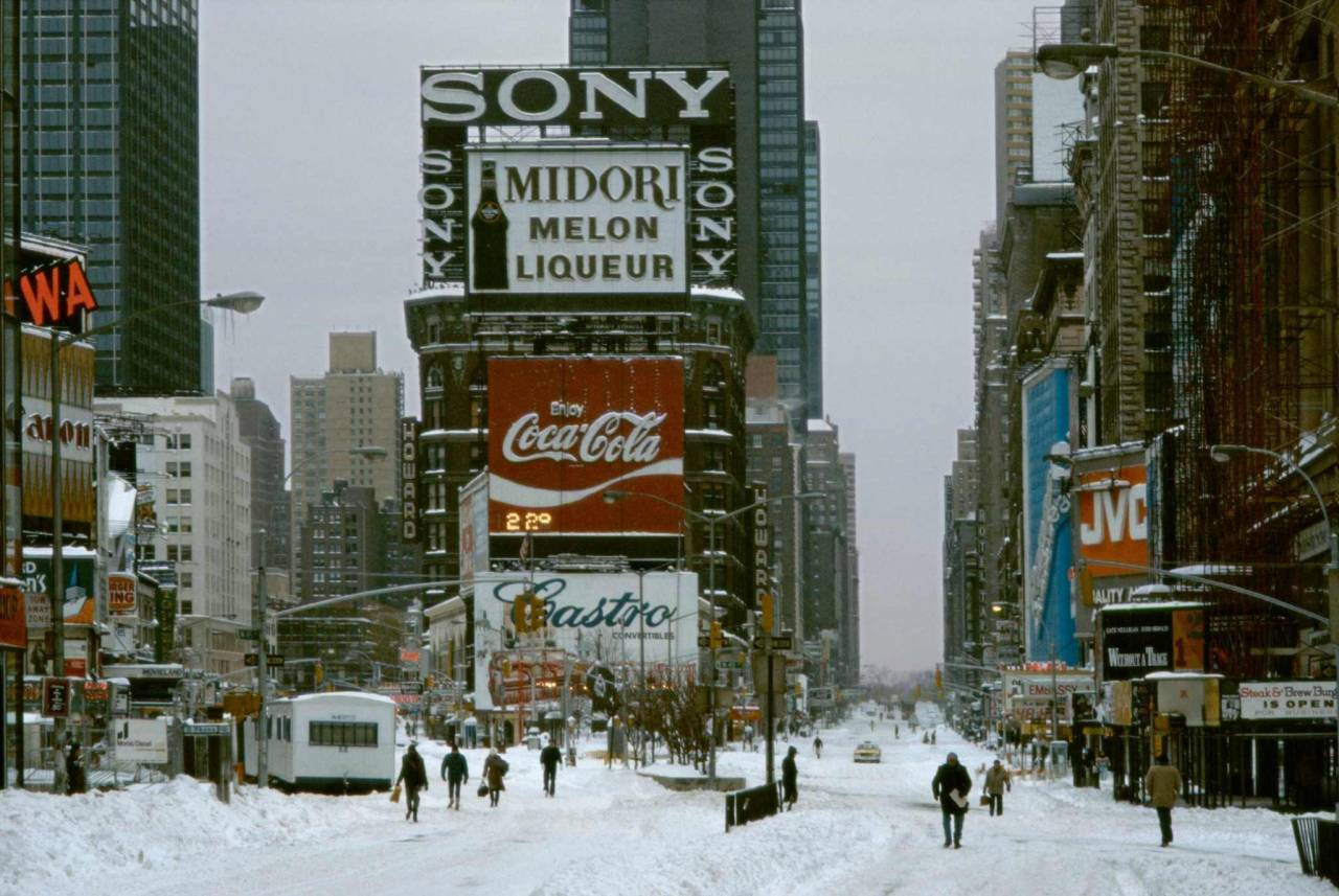 1984, New York, Times Square in snow storm