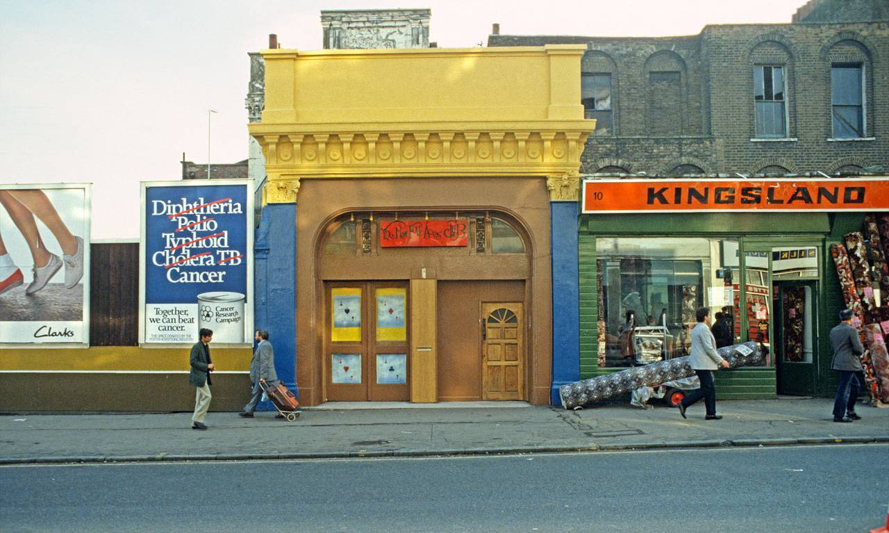 A Faded Suburb With A Jaunty Air Photos Of Dalston