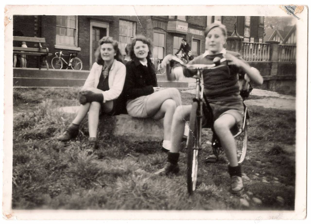 Walter and Chums in the Erdington Social and Cycling Club
