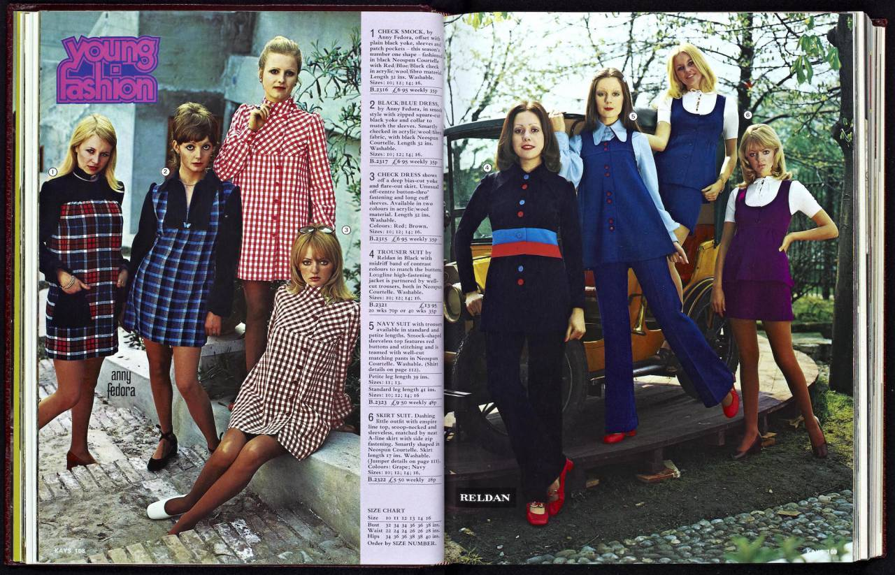 Kays Catalogue 1973 q