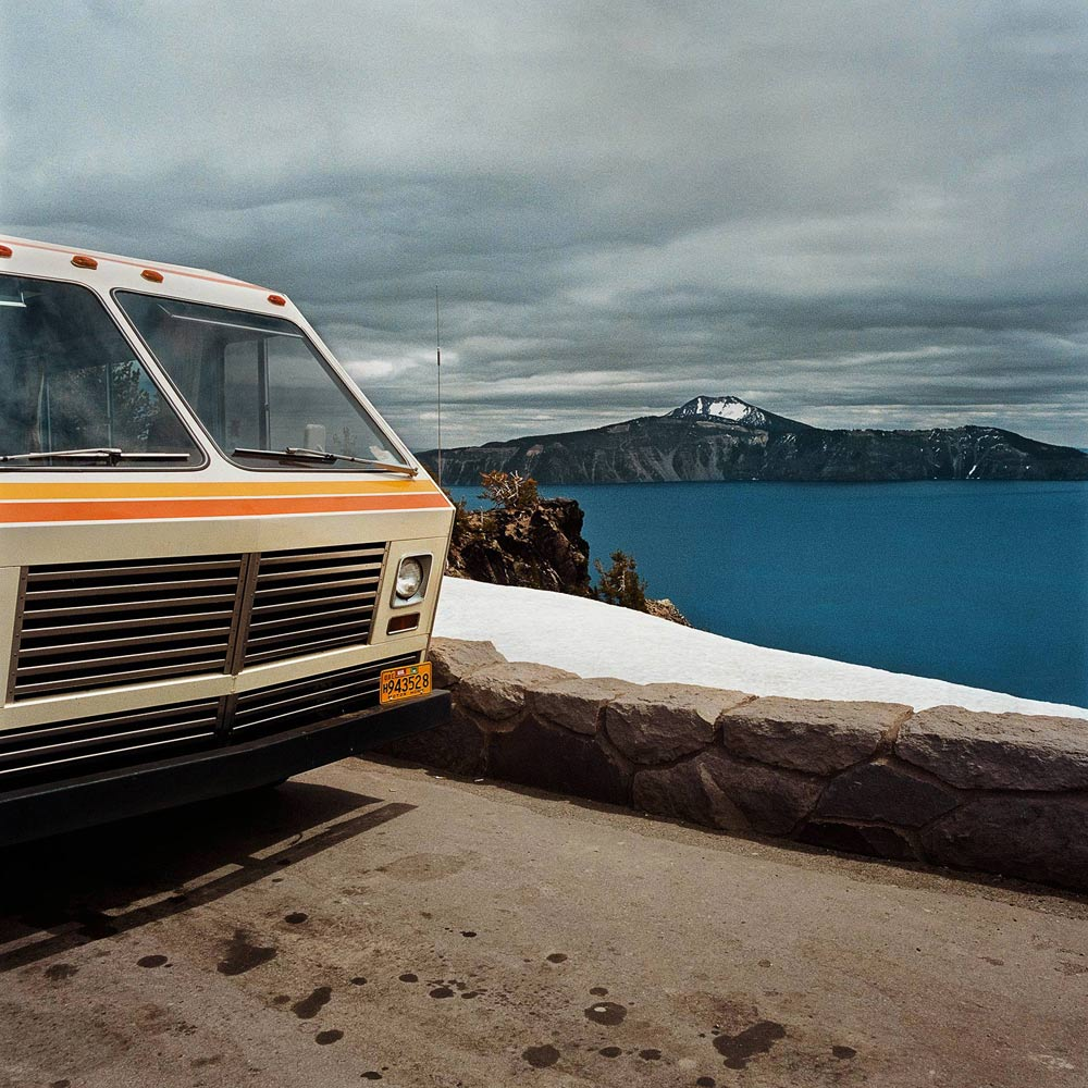 Motorhome-at-Overlook-Crater-Lake-National-Park-OR-1980