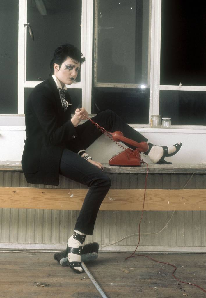 Mandatory Credit: Photo by Ray Stevenson/REX/Shutterstock (671388cy) Siouxsie Sioux at the Track Records office, London, Britain - 1976 Siouxsie and the Banshees
