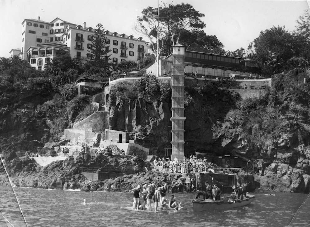 Torquay Devon 1930s swimming