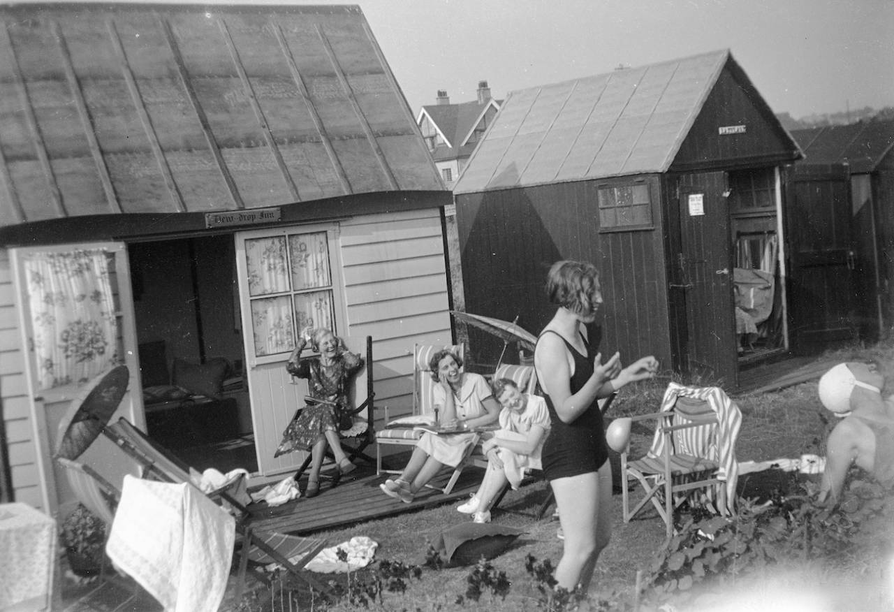 1920s family sussex kent coast holiday