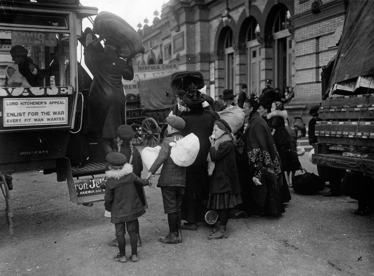 1914 Refugees in London.