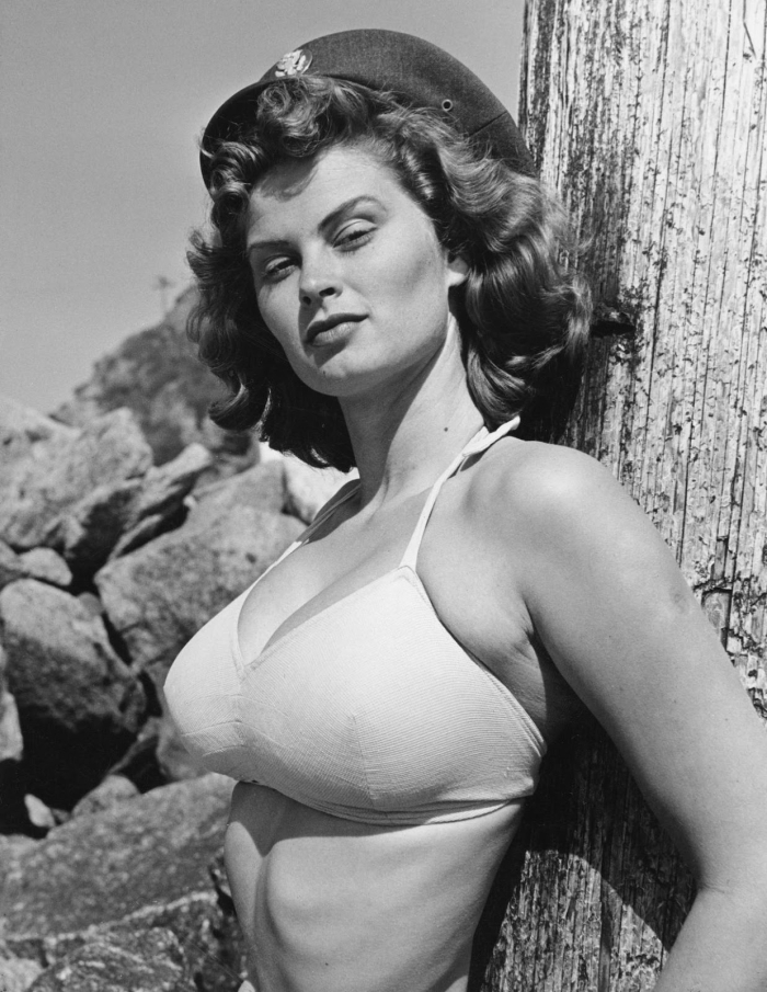 Irish McCalla bra sheena