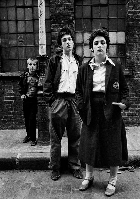 Paradise Row Bethnal Green, London 1978