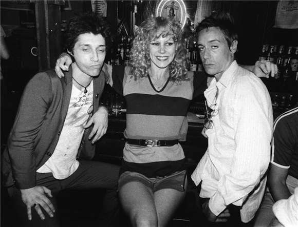 Thunders, Pop and the late Sable Starr, NYC, 1977. Pic (c) Bob Gruen, from https://www.morrisonhotelgallery.com