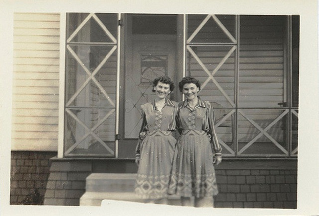 twins found photos family 1930s