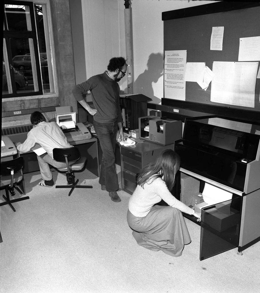 Vintage business machines computers